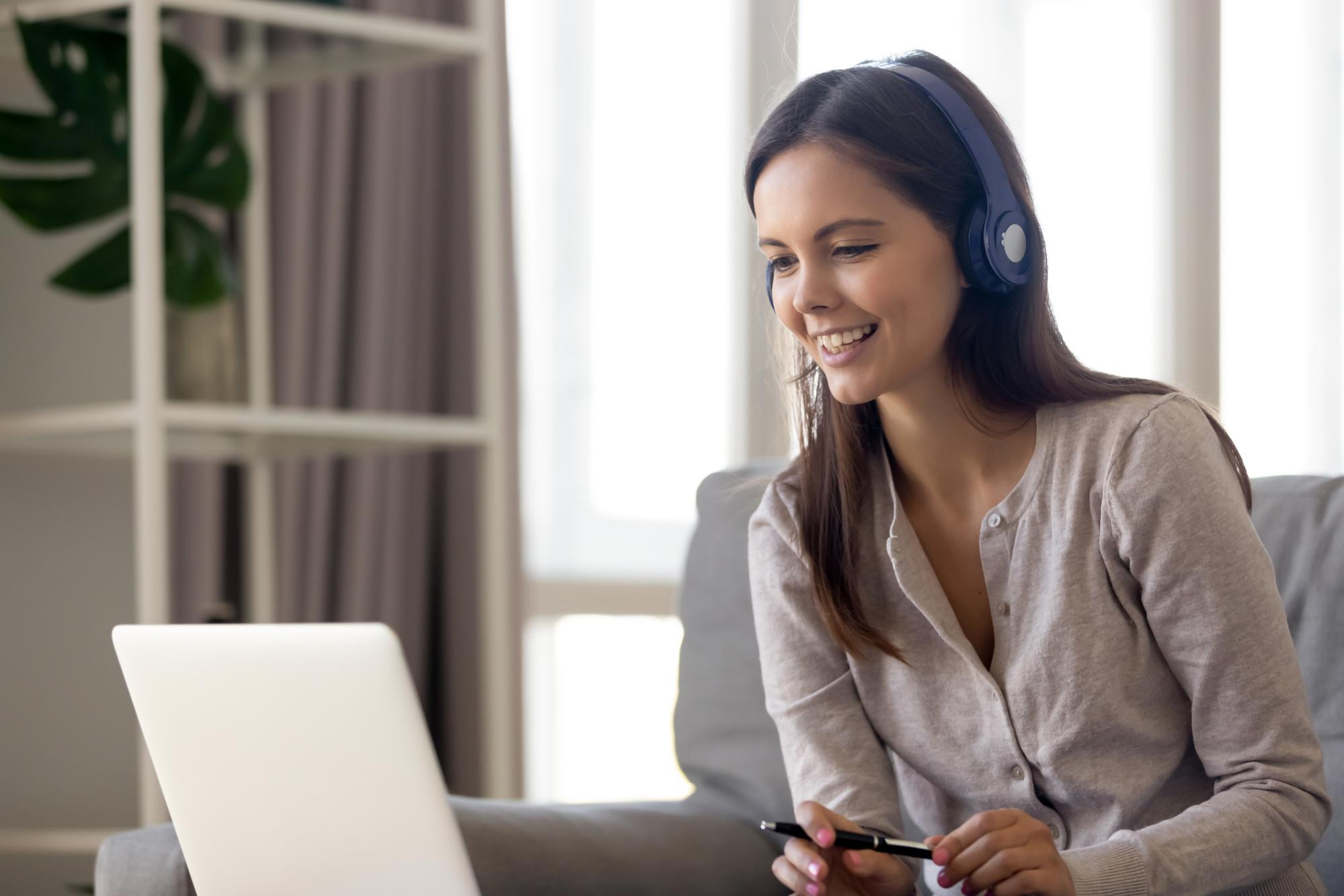 The Comprehensive Contact Center Guide for Deploying a Remote Workforce